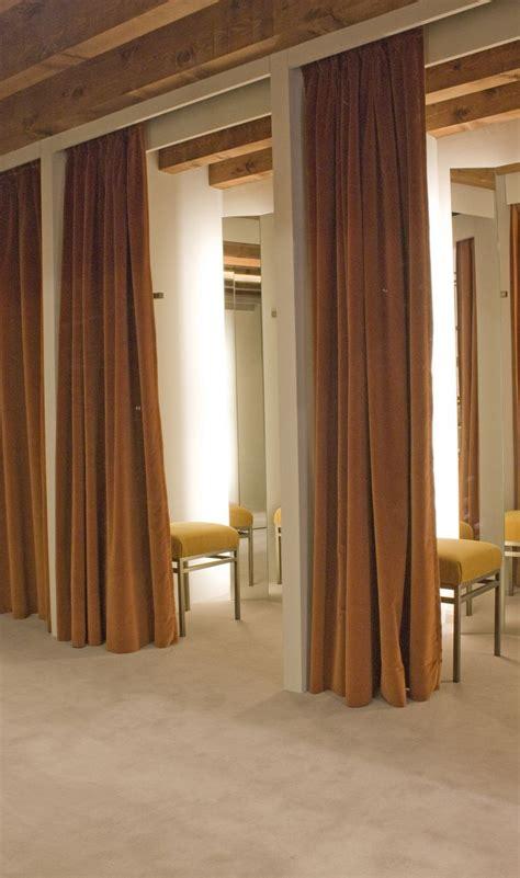 illuminazione negozi abbigliamento illuminazione negozi abbigliamento allestimento visual