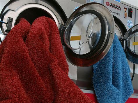 manutenzione tappeti corretta manutenzione e pulizia dei tuoi tappeti tappeto