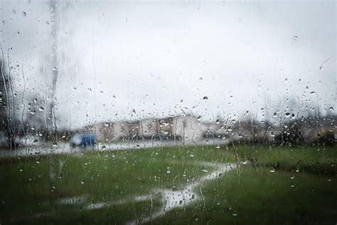 Sprei Rainy Day2 by A Rainy Day Capturing Moments