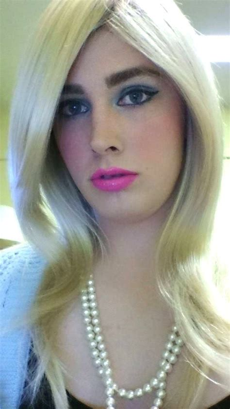 fem boy with makeup 13 best femboys images on pinterest