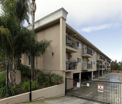 Carriage House Apartments by Carriage House Apartments Rentals San Diego Ca