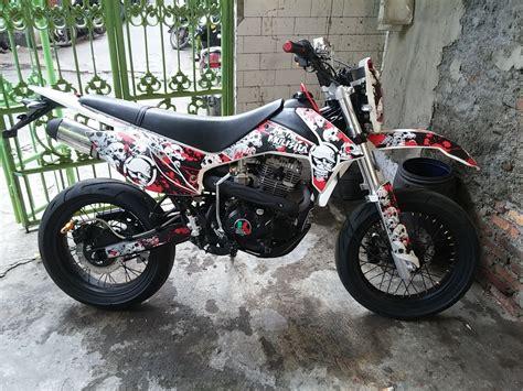 Modifikasi Motor Supermoto by 40 Gambar Modifikasi Kawasaki Klx 150 Keren Terbaru