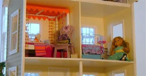 the biggest american girl doll house okay this has to be the coolest doll house ever and also the biggest custom american