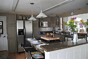 Annie Sloan Kitchen Cabinets by Annie Sloan Painted Kitchen Cabinets Reveal Plus More