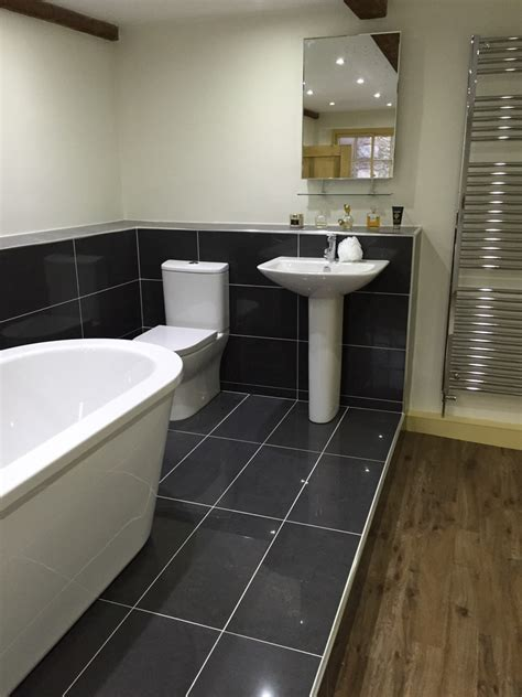 bathrooms scunthorpe dial a tiler 100 feedback bathroom fitter in scunthorpe
