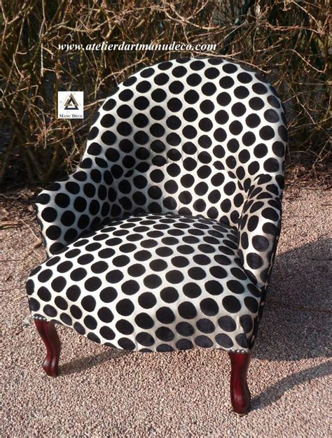 Tapisserie Fauteuil by Object Moved