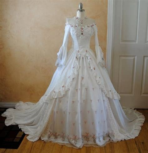 beautiful southern gown vintage clothing