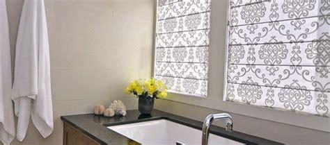 Modern Bathroom Windows by 1000 Ideas About Bathroom Window Curtains On