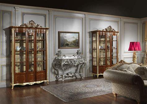 mobili in stile classico mobile vetrina per soggiorno in stile classico vimercati