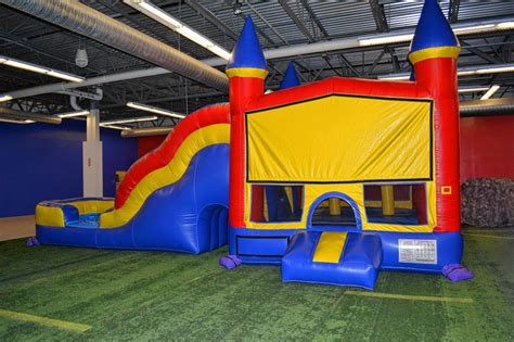 bouncy house places bounce house places 28 images bounce e house photos indoor jump play center tacoma
