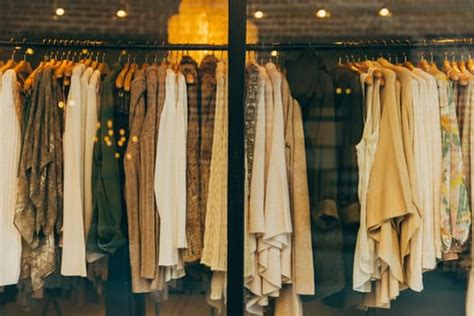 selling vintage clothes the best to sell