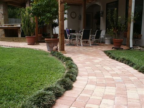 Houston Patio Pavers Paver Patios Traditional Landscape Houston By Bellaire Pavers