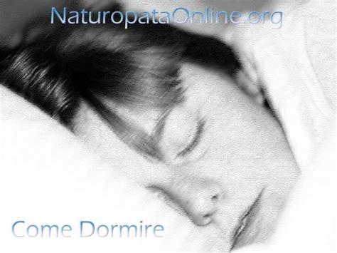 dormire con due cuscini dormire con due cuscini significato casamia idea di immagine
