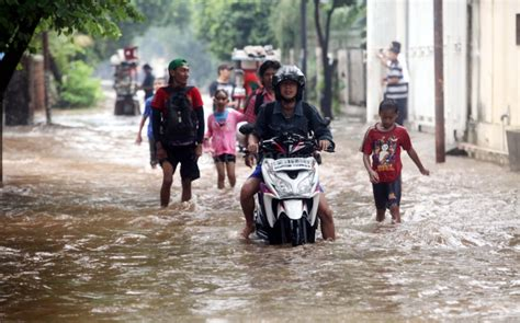 detiknews banjir hari ini hari ini sejumlah daerah di jakarta berpotensi diterjang