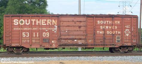 box car train rail cars railway serves the south railroad train