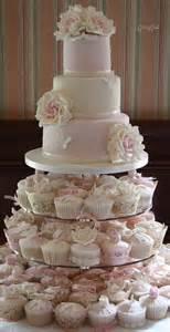 dekoration hochzeitstorte fondant wedding cakes wedding cupcake design 802387