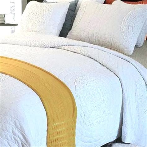 white coverlet king size white quilts king boltonphoenixtheatre com