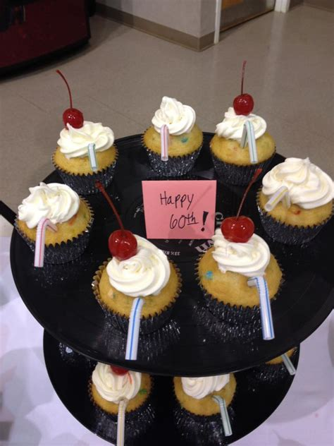 50 S Theme Cupcakes Cupcake Ideas For You Cupcake Centerpieces For Birthday