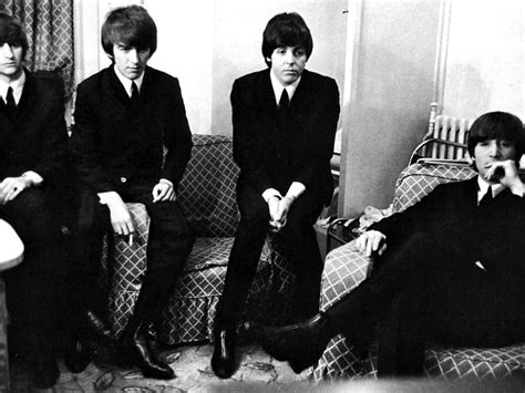 The Beatles Black 1 1965 171 beatle photo