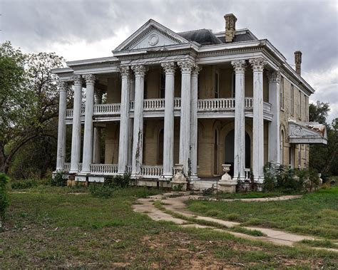 Houses For Rent In Whitehouse Tx by 21 Terrifying Photos Of Abandoned Homes In San