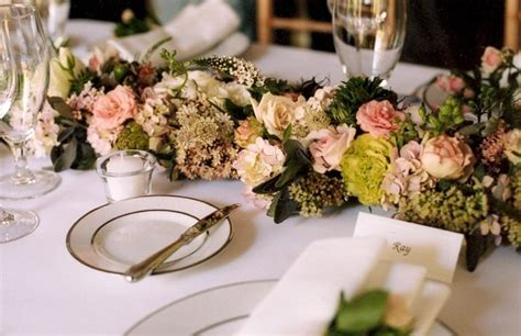 Flowers for the Head Table   Françoise Weeks