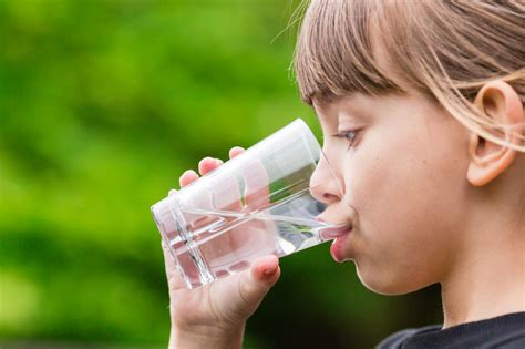 how much water should my drink water how much should my child drink pediatricanswers