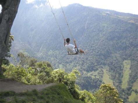 hamaca ecuador volando en la hamaca de la casa del arbol fotograf 237 a de