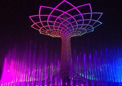 albero illuminato expo acceso l albero della vita quibrescia