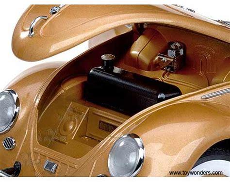 gold volkswagen beetle 1955 volkswagen beetle saloon hard top by sun star 1 12