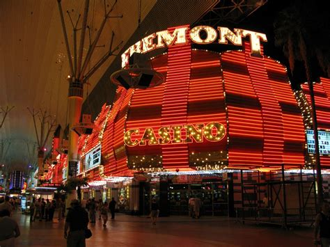 sights and sounds of freemont in las vegas nevada
