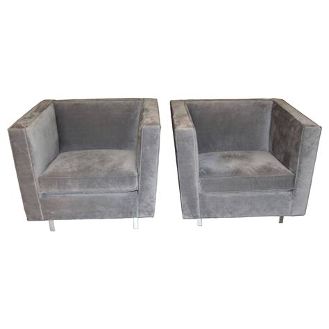 Large Club Chair by Pair Of Mitchell Gold Large Oversized Club Chairs At 1stdibs