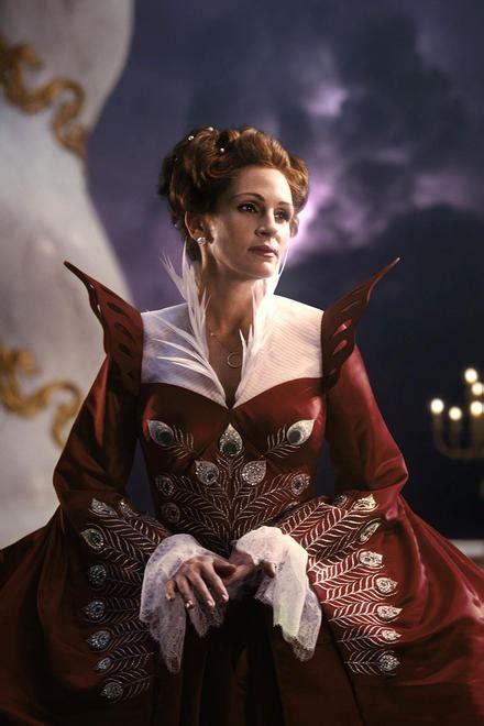 film evil queen untitled snow white movie images collider