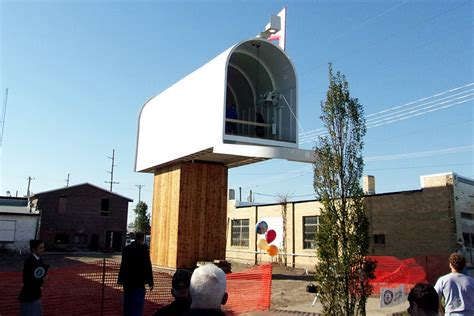 Records In Illinois The World S Largest Mailbox Has Come To A Small Town In Illinois 21st Century