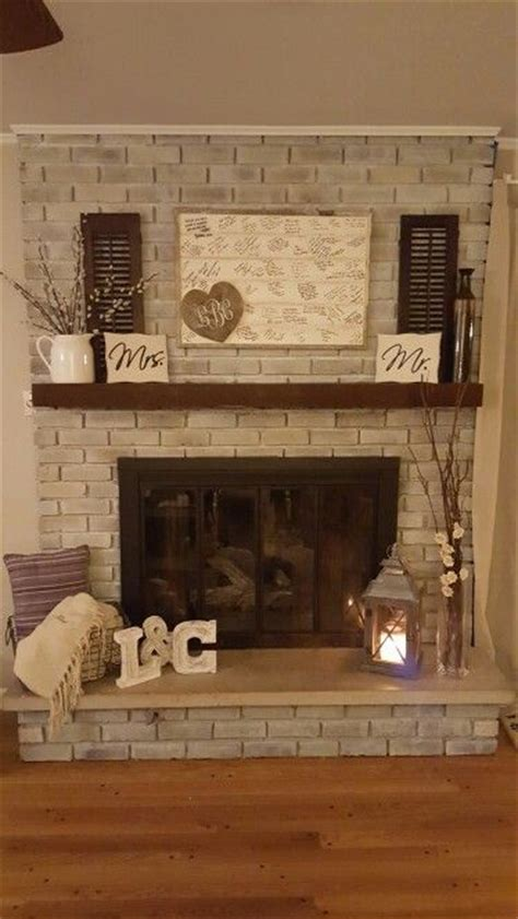 how to decorate a fireplace 25 best ideas about brick fireplace makeover on