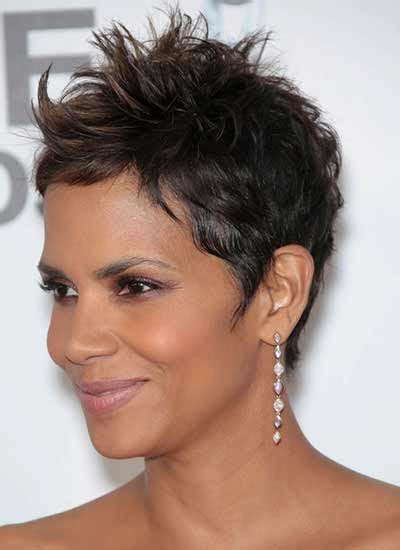 gamine haircut photos halle berry with gamine haircut