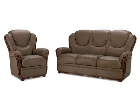 divani a 100 divano e poltrona 100 pelle di bufalo taupe adelaide