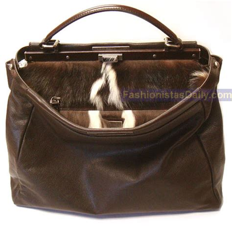 Tas Fendi 2 Jour Fen A196 fashionistas daily luxury understated
