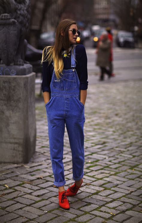 Would You Wear An All Denim Like On Project Runway Last by 10 Ways To Wear Overalls Messiah