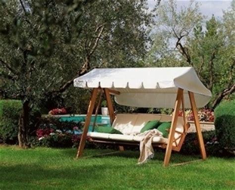 dondoli per giardino dondoli giardino mobili da giardino dondoli giardino