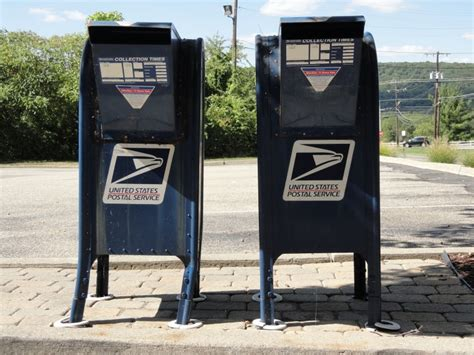 Post Office Extended Hours by 2015 Tax Deadline Does Your Post Office Extended