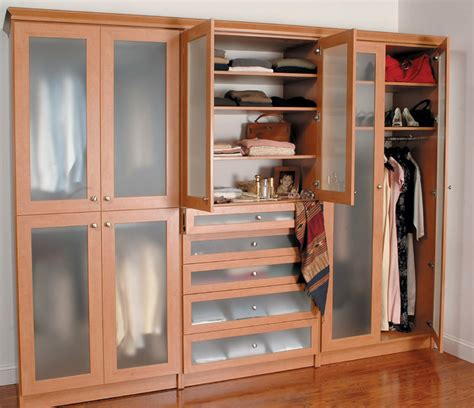 Custom Design Wardrobes by Bedrooms Closet Engineers Custom Organization Designs