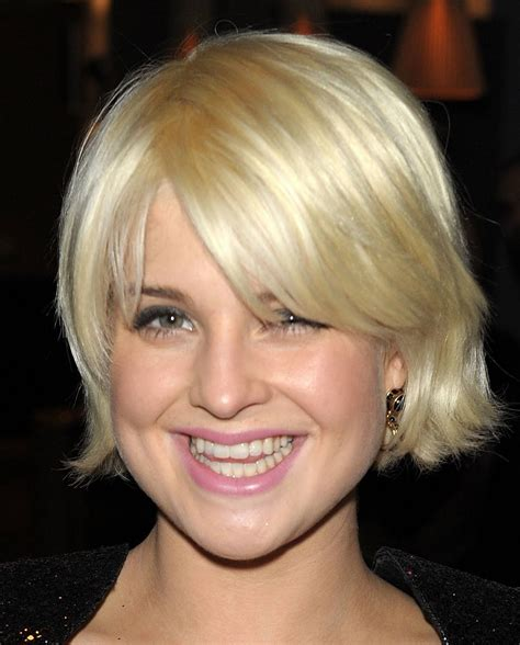 short blonde straight bob hairstyles  prom  trends