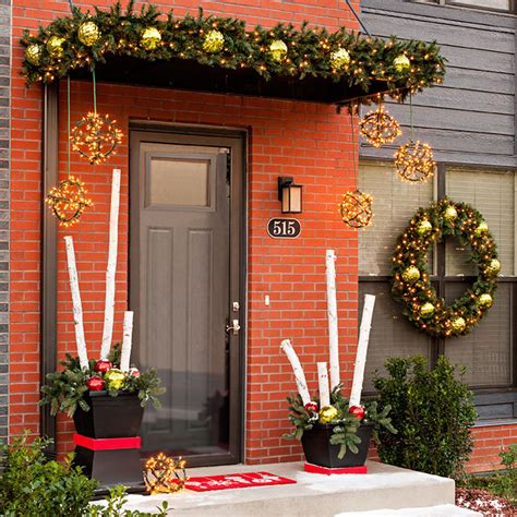 creative holiday decorations for your front door christmas