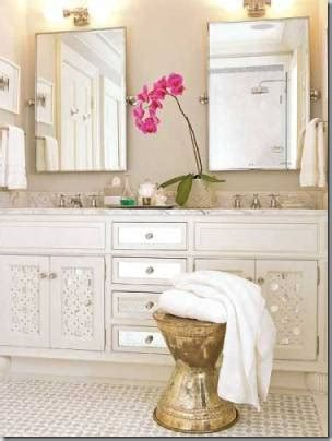 where to put towel bar in small bathroom things that inspire hand towels where do you put them
