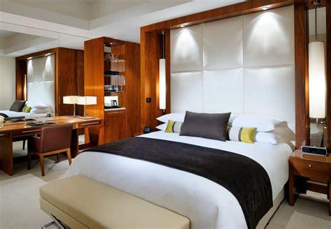 25 dollar hotel rooms dubai uae luxury hotel suites and penthouse jw marriott marquis hotel dubai