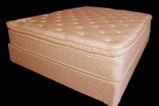 Clean Urine From Mattress by 1000 Ideas About Pillow Top Mattress On Plush