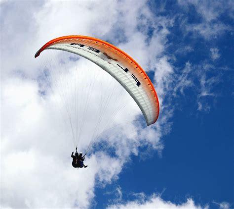 picture sky cloud parachute plane jump adrenaline
