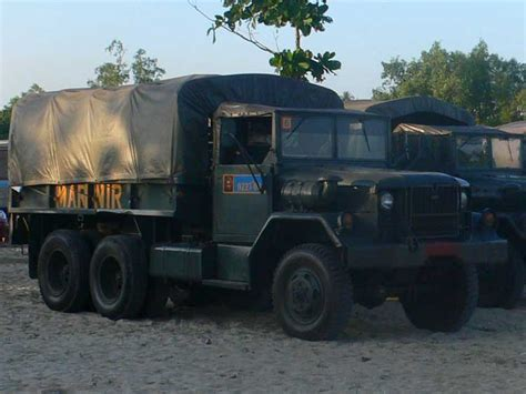 film dokumenter operasi seroja reo m35 truk legendaris multi peran kondang di kancah