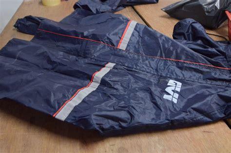 Baju Hujan Givi kpdnkk serbu premis simpan produk tiruan jenama givi mekanika