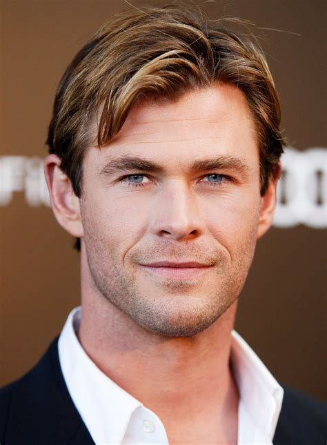 Old Hollywood Home Decor by 9 Times In The Heart Of The Sea S Chris Hemsworth Was